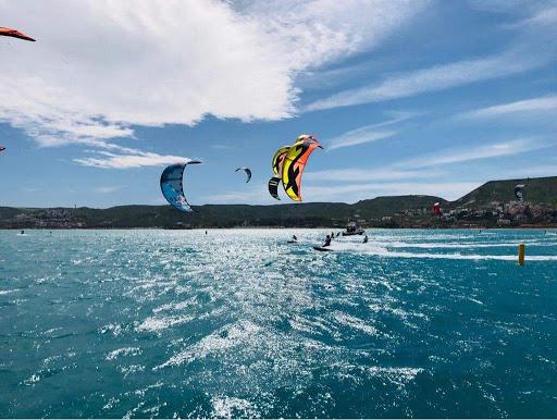Kite a Punta Pellaro, uno dei migliori kite spot d'Italia